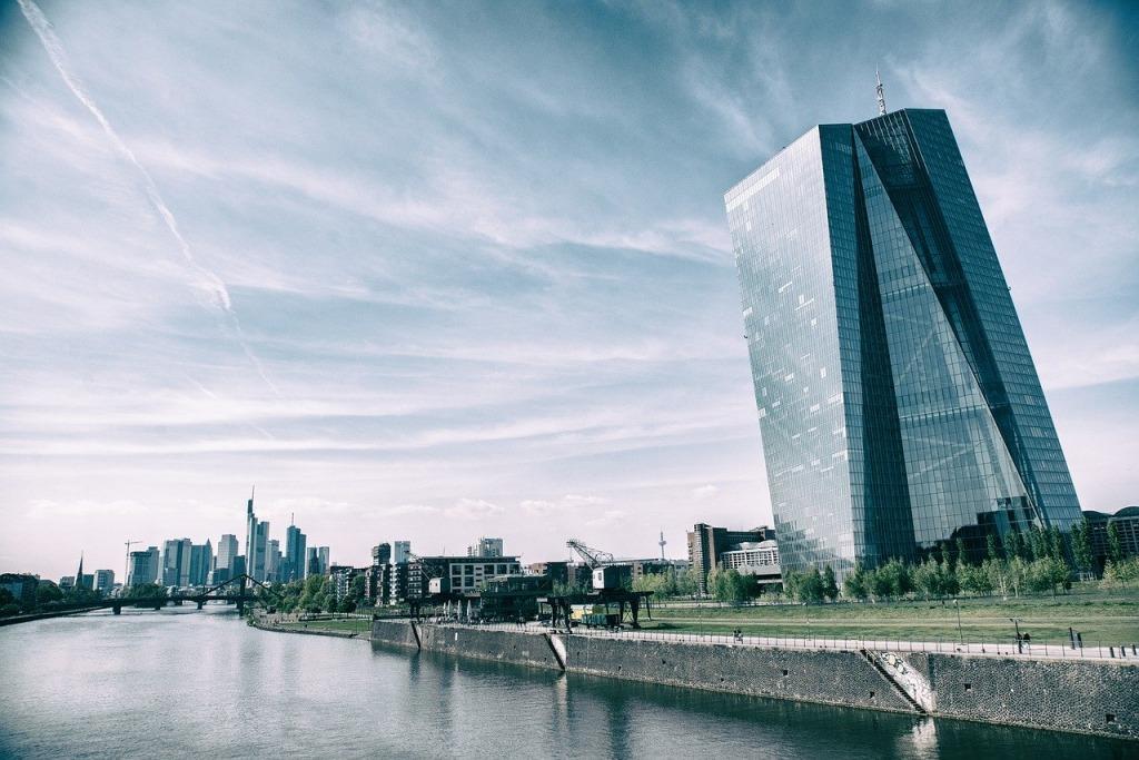 Strafzinsen im Anmarsch - EZB in Frankfurt